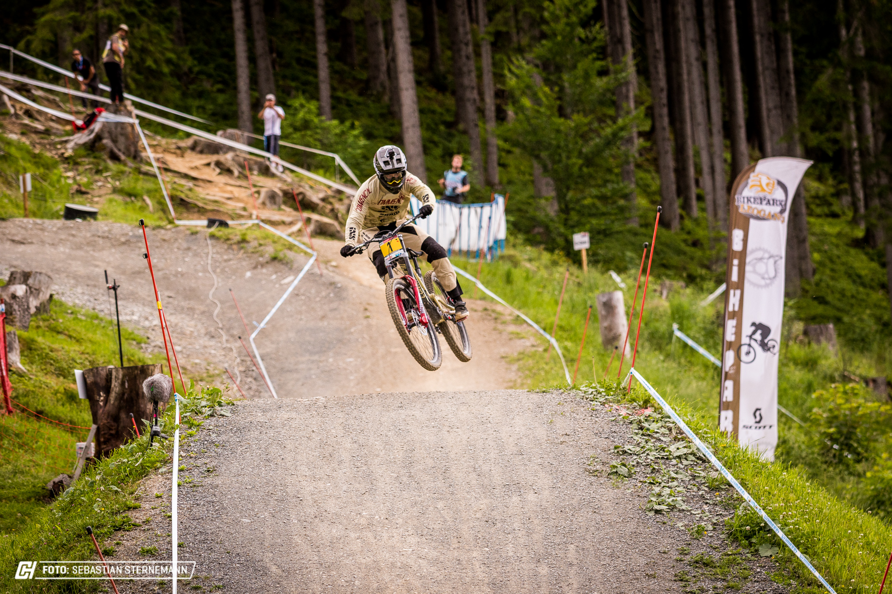 Friday Leogang 4000