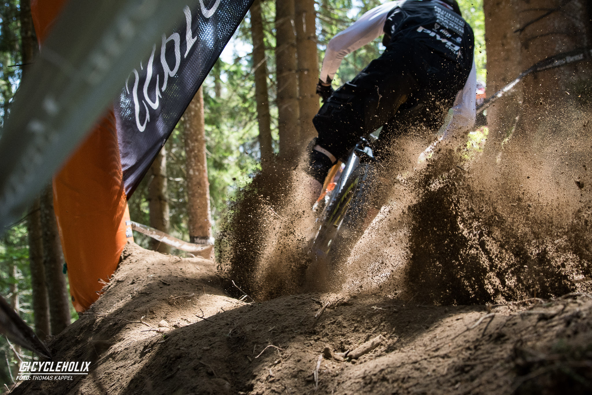2019 Downhill Worldcup Leogang Finale Action 18