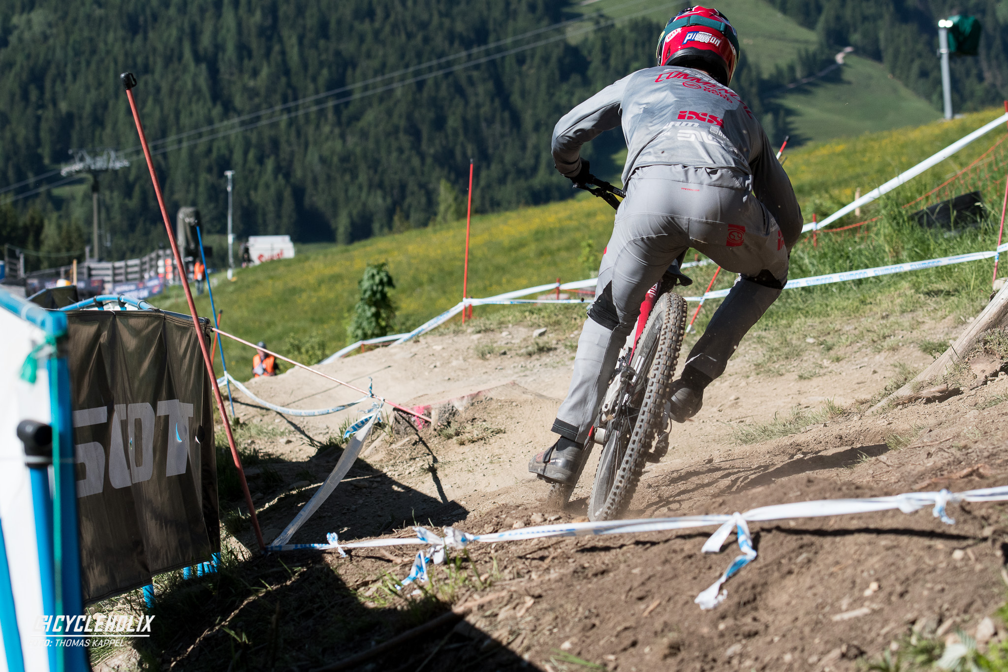 2019 Downhill Worldcup Leogang Finale Action FR 2