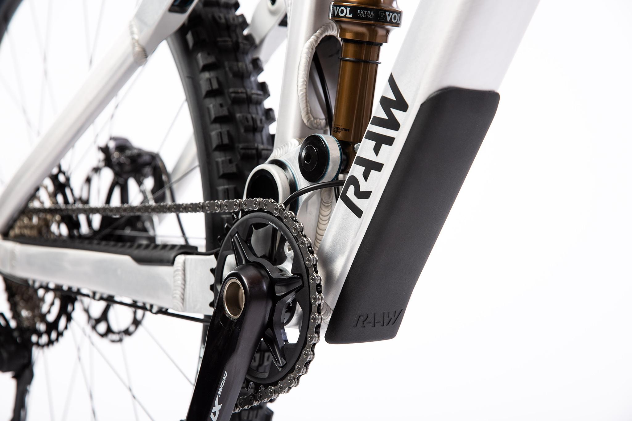 RAAW Madonna V2 11 Cycleholix